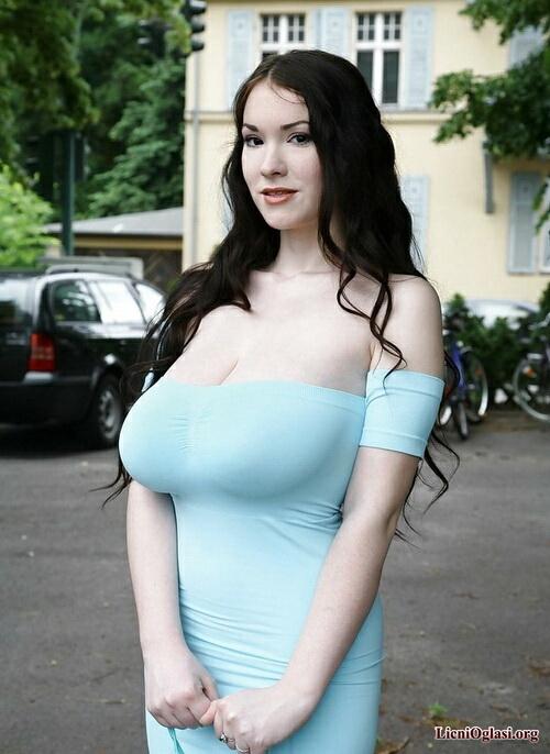 Порнуха русская с большим бюстом 18 фотография