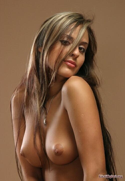 Seksi djevojke i gole