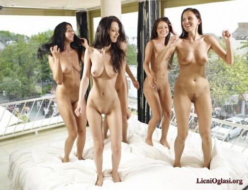 Открыть фото голых девушек