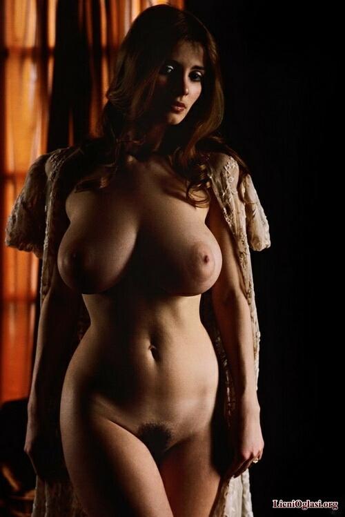 Фото красивых голых девушек ретро